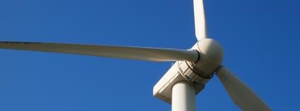 Větrná elektrárna Foto: hrk422 / Shutterstock