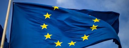 Vlajka EU Foto: Christian Lue Unsplash