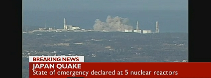 Výbuch v japonské jaderné elektrárně Fukušima 1 ve vysílání BBC
