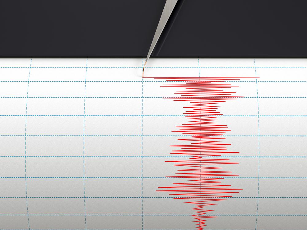 Chebsku zasáhlo dopoledne zemětřesení o síle přes 3 stupně